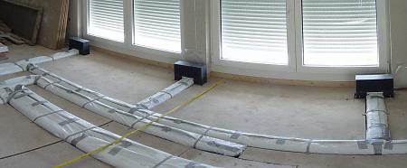 hausbau erfahrungen kontrollierte be und entl ftung ein fertighaus entsteht bauen. Black Bedroom Furniture Sets. Home Design Ideas
